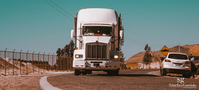 cartel-de-camiones