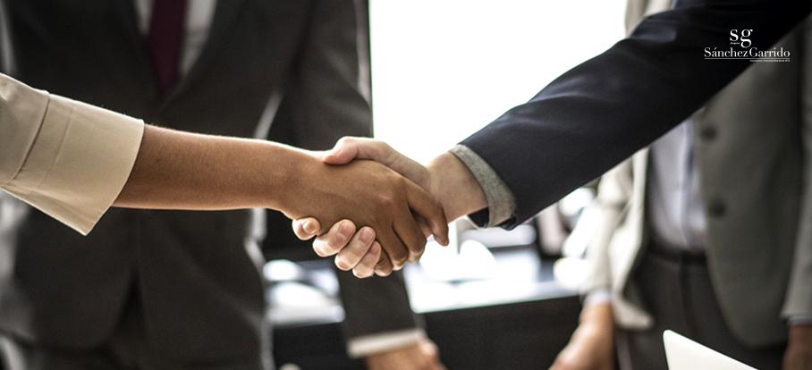 Shareholders Stakeholders Drag-Along Tan Along
